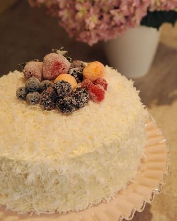 Dreamy Yummy Coconut Cake